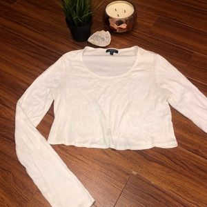 ✨ 2/$20 ✨ TOPSHOP WHITE LONG SLEEVE CROP TOP ✨